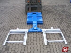Device for forklift trucks